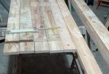 appendiabiti / appendi abito costruito con legno di riutilizzo da pallet