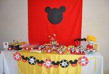 Mickey Mouse 3º Aniversário / Festa de aniversário do Santiago com a personagem Mickey Mouse