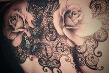 Tatuaggi in pizzo / Sensualissimi e raffinati, i tatuaggi in pizzo sono un'alternativa originale ai tatuaggi più consueti.