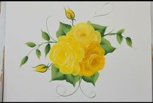 Painting simple flowers
