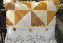 pillow, party / Decorative pillows! http://fleurdelisquilts.blogspot.com / by Mary Marcotte