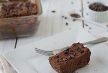 Paleo Recipes to Try: Cakes