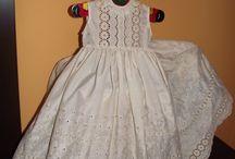 Bebé. / Batones y faldones hechos a mano.  http://batonesconencanto.blogspot.com.es/