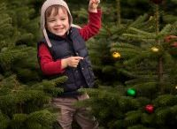 Christmas Mini Sessions / Christmas Tree Farm Mini Sessions Glencullen Dublin Ireland