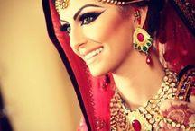 Amazing make up / by Charlene Luchiana
