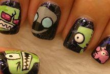 nails / by Mariah Thomas