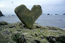 <3 Rocks! / I love heart shaped rocks and collect them every where I go - including Pinterest!