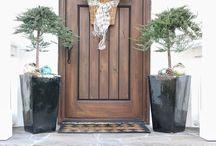 Frontal doors