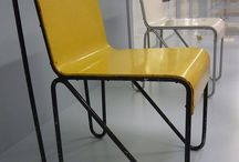 Yellow Interiors / How can the colour yellow effect your working? Here are some of our favourite pins with the use of yellow in an office space.  www.rapofficecontracts.com
