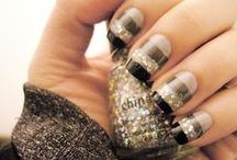 Nails / by Kami Negrete