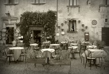 Bars & Cafes Orvieto, Italy / In Orvieto you always have time to sip a coffee or enjoy a drink with friends at one of the many bars and cafes in town.