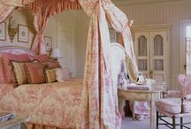 Inspiration-Guest Bedroom Decor / french country, french country decor, french decor, romantic decor, french country decorating, french home, home decor, cottage decor, french style, home decor, Swedish decor, bedroom decor, french country bedroom, guastavian bedroom, swedish bedroom, romantic decor,
