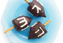 Hanukkah Crafts, Decor & Recipes / Ideas for celebrating Hanukkah.