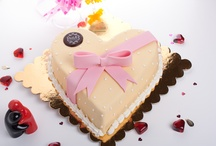 Mother's Day with Sale Sucre :) / Celebrate Mother's Day with one of our cakes and handmade gift chocolates.