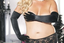 Plus Size Knickers / Plus size knickers are an essential item in your plus size lingerie wardrobe. We stock a great range of plus size knickers, including a selection of plus size g-strings and plus size thongs from a variety of different labels. One thing they all have in common is that they are all very sexy pieces of plus size lingerie. From classic lace to crotchless panties, we have every type of plus size knickers you might want.