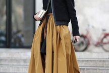 Street Style // midi skirt
