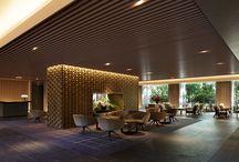 hotel/lobby/lounge