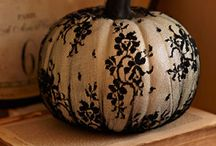 Fall and Halloween Decorations / by Katherine Reyort
