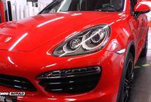 Porsche Cayenne Blanca vinilada integral a Roja GTS! Car Wrapping by Pronto Rotulo / Tienes un Porsche Cayenne con 3 años, con algunos toquecillos de parking? No importa! En Pronto Rotulo, luego de 23 años haciendo Car Wrap a + de 65.000 vehículos estamos acostumbrados a cambiar el look de los coches, y ahora tocó el turno de hacerlo con el nuevo color #gts de #porsche material Hexis alta gama wrap.  Qué te parece? Yá la tienes terminada! / by Pronto Rotulo
