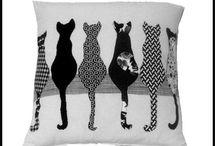 Výtvory a kočka