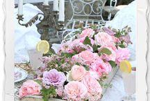 DIY / Flower Arrangements