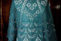 Knitting lace shawls