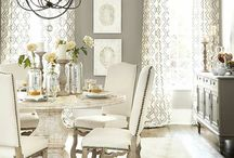 Decor: Dining Room / by Chelsea Gallagher