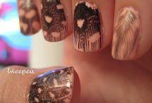 nails / by Alexis Czuta
