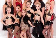 Dance moms / by Ana Daza Valdez