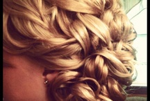 Updos / by Shannon Waring