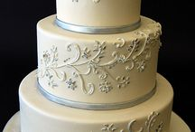 Wedding Cakes / Wedding cakes are created in any size, shape, and color. They are so amazing!  / by Phoenix Wedding Gardens