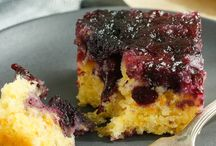 Baked goodies / Blueberry polenta upside down cake