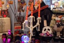 Halloween Decor / Fun Halloween display & decoration ideas.