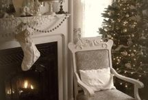 Christmas decor and gift ideas / Everything christmas :) / by Therasa Oliver