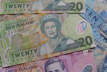 L'argent et la monnaie / Quelques photos d'argent et de billets de banque.