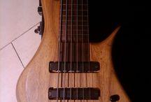 Bass Tung