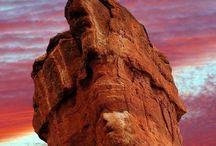 No meio do caminho tinha uma pedra / Pedra Maravilhosas