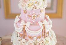 Cake / by Karina Faco