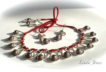 WHAMMER Jewellery Designs / Jewellery designs that have been hammered with the Beadsmith Whammer!