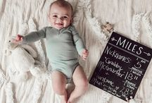 MILESTONE PHOTOS / Babies monthly pictures, milestones, weekly updates for babies first year