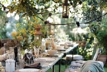 Outdoor dining inspiration / Outdoor dining spaces that make you want to linger. Read my blog Making your HOME beautiful for more inspiration for your home.