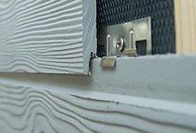 Eternit CEDRAL / Vláknocementové fasádne dosky CEDRAL sú veľmi podobné štruktúre prírodného dreva s odolnosťou voči hnilobe a ohňu. Vyrábané sú s hladkým alebo štrukturovaným povrchom.