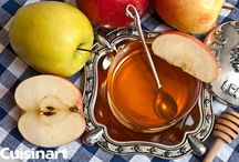 Rosh Hashanah Meal Ideas! / Rosh Hashanah is just hours away. Need some last minute meal ideas? Check out our photo album for some delicious dishes to welcome in the new year.