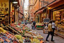 Mercati / Dall'Italia e dal mondo, incontri di persone, colori, suoni e odori. Fantastico! / by Cookaround World!