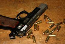 Guns / guns, bullets, everything around...