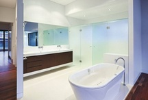 Bathroom / What kind of bathroom do we want? Think size, toiletries, finishes, etc.