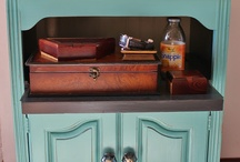 DIY - Furniture / by Sondra Deichen Bailey