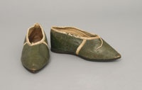 Kids: 18thc & Early19thc Shoes / by Sew 18th Century