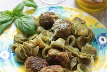 Entertaining plans / good to go dinners for a crowd