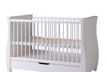 Detské postele / Postele pre bábätká, väčšie deti, ale aj postele pre študentov. Kliknite na tento link https://www.lacnyeshop.sk/detske-postele a celá ponuka je vám k dispozícii.